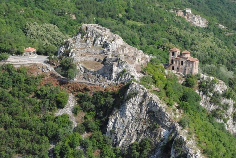 асенова-църква3